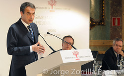 Fotografía Ex Presidente Zapatero Madrid en Congreso del Instituto Familiar© Jorge Zorrilla Fotógraf