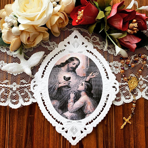Pleading Eucharist pointed oval paper lace holy card