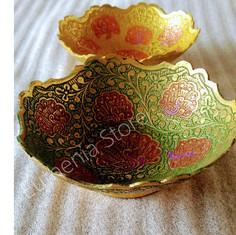 Metal peacock bowl