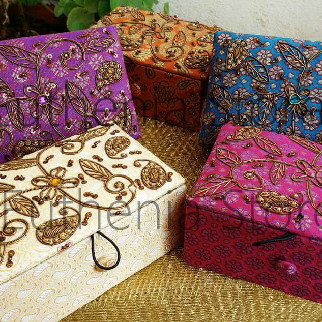 zardosi boxes
