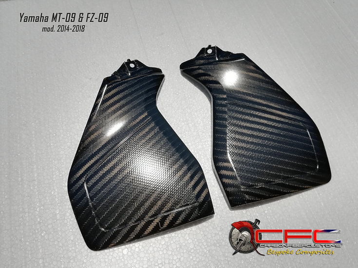 Yamaha MT-09 & FZ-09 Carbon Fiber Tank Side Panels