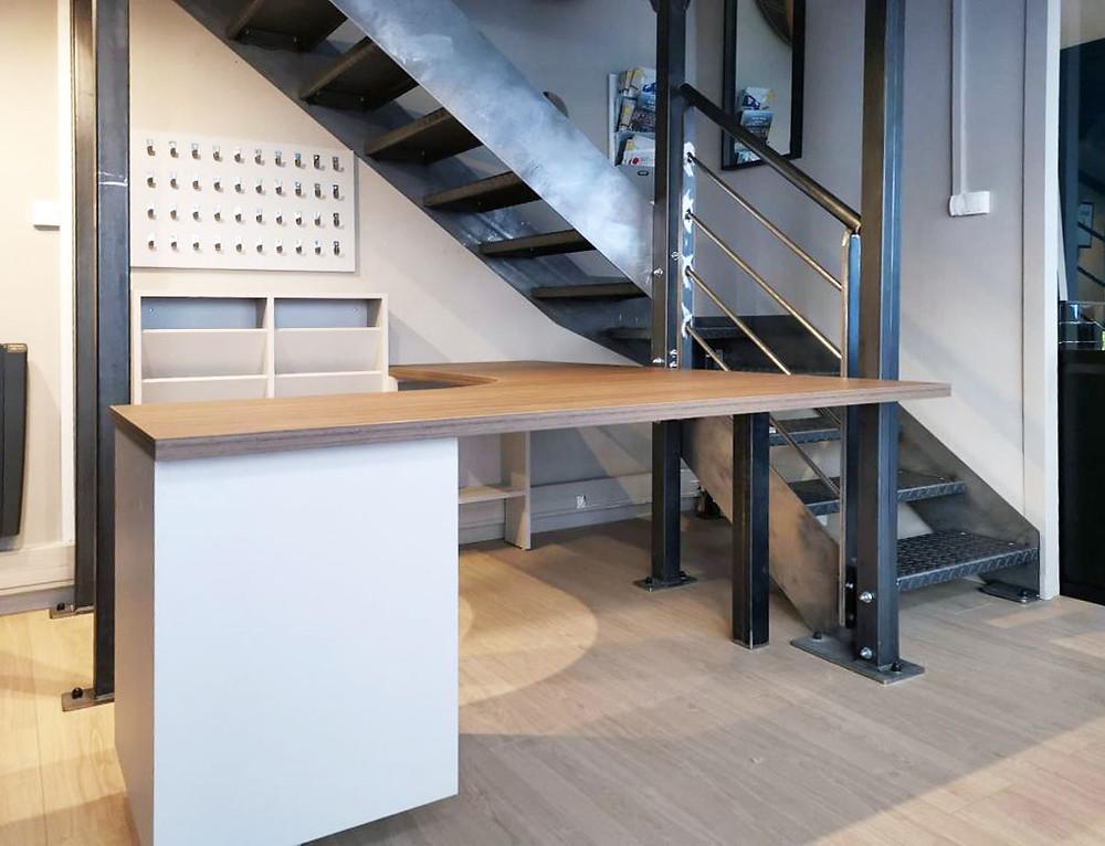 Atelier Media a été consulté par une régie immobilière située à Lyon, pour la confection de plusieurs éléments de mobilier.