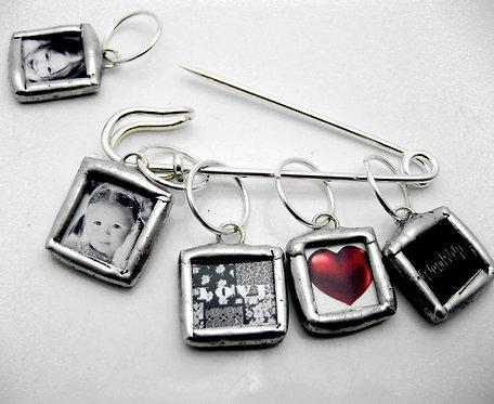 Glass 5 mini charm photo knitting stitch markers