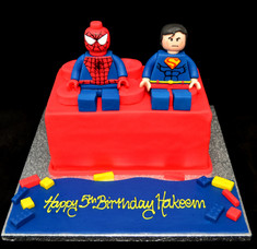 SPIDERMAN AND SUPERMAN ON LEGO BRICK.JPG