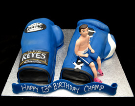 BOXING GLOVES AND FIGURE.JPG