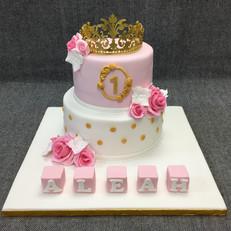 Princess at 1 tiara dd.JPG
