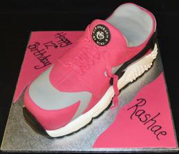 Nike Trainer (1).JPG