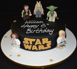 LEGO STAR WARS ROUND CAKE.JPG
