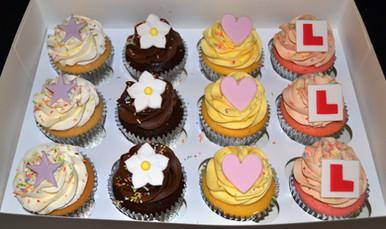 Party cupcakes stars l plates etc.JPG