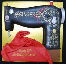 Singer sewing machine (2).JPG
