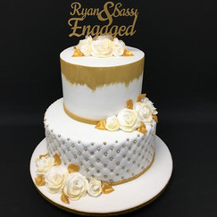 Whuite and gold engagement cake (Copy).j
