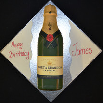 MOET ET CHANDON CHAMPAGNE BOTTLE.JPG