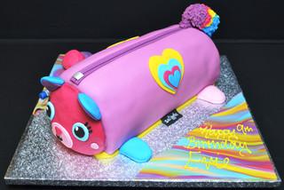 SMIGGLE CAKE.JPG