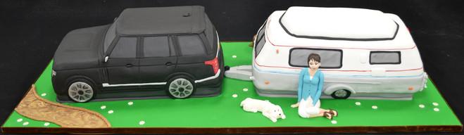 Land Rover and Caravan 1.JPG