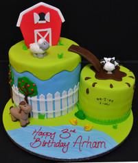 FARM THEMED CAKE.JPG