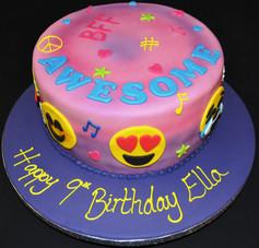 EMOJI ROUND CAKE.JPG