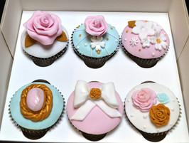 Pretty Vintage Cupcakes.JPG