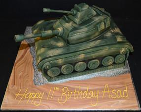 Tank in Green camouflage.JPG