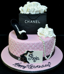 OH ROUND CHANEL CAKE WITH BAG AND SHOE.J