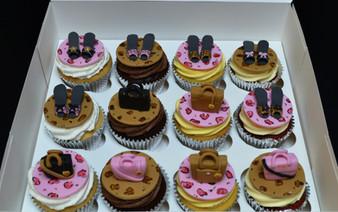 Shoe&Bag Cupcakes.JPG