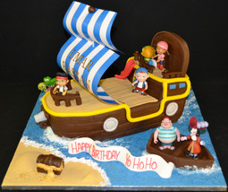 Pirate ship with Plastic figures.JPG