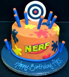 NERF GUN TARGET CAKE.JPG
