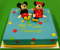 Sq Mickey & Minnie.JPG