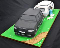 Land Rover and Caravan 2.JPG