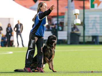 Veronika Hauff und Grisu bei der Meisterschaft