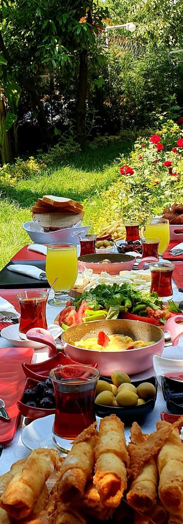 Köy kahvaltısı...