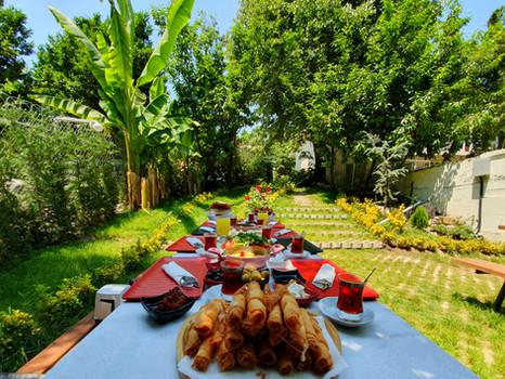 Kadifeli Konak Köy Kahvaltısı