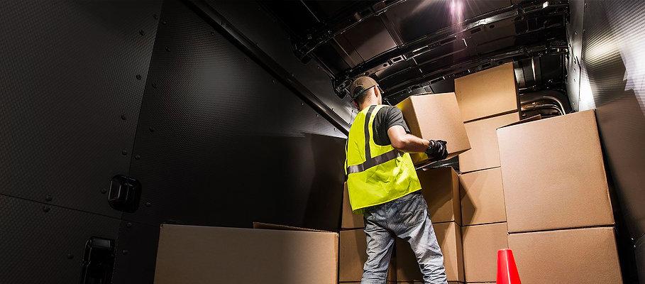 man-loading-van-boxes-fade.jpg