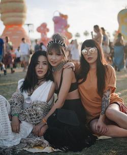 Festival Fashion Party