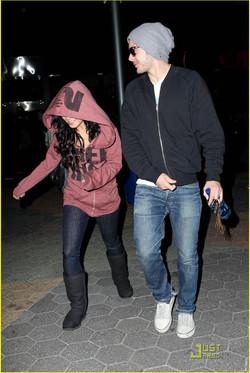 Zac Efron and Vanessa Hudgens.jpg