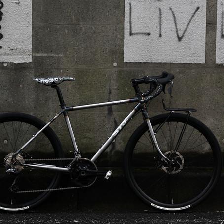 SigRando/シグランド  ツーリングバイクをご紹介します。