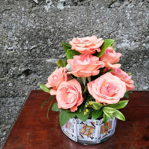 Rose and Bark Table Centre