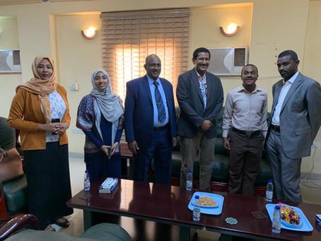 عندما بكي وزير الشئون الدينية والاوقاف السوداني الاستاذ مفرح لذكر المرحوم المادح الجيلي الصافي