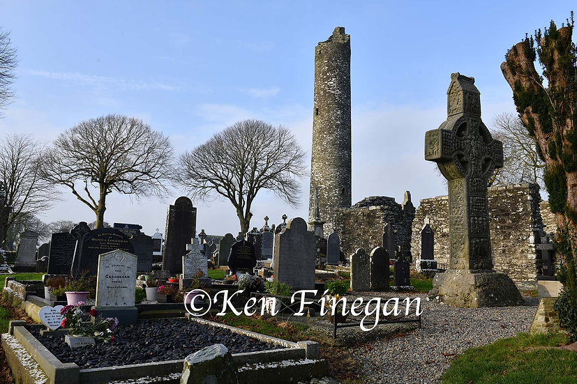 Monasterboice Tower01, County Louth