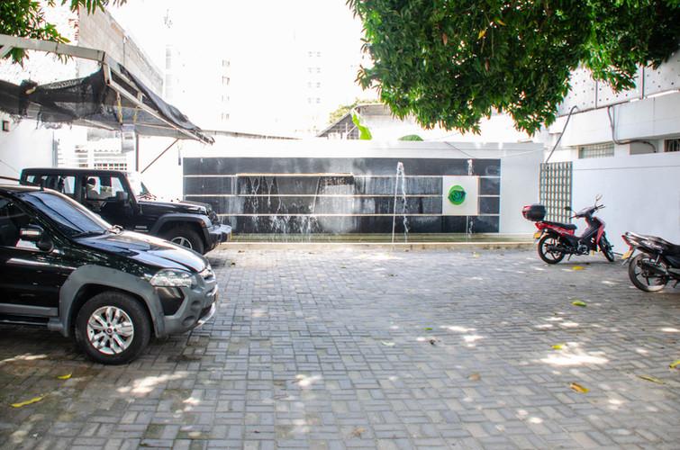 Parqueadero.jpg