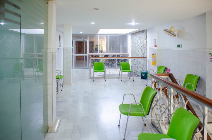 Sala de espera segundo piso.jpg