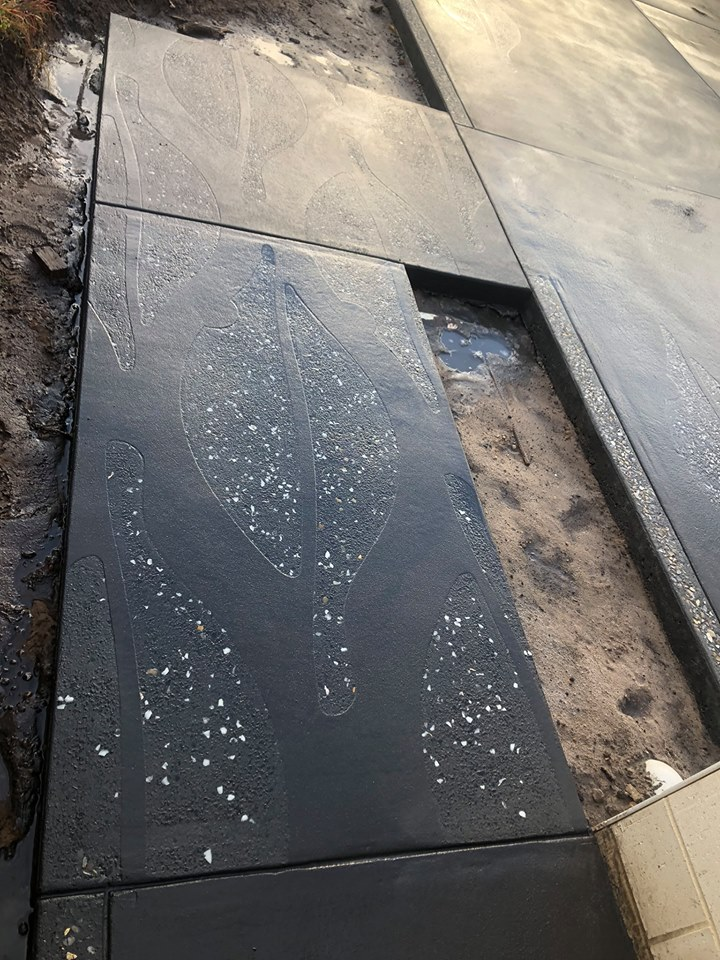 Manjimup black concrete exposed leaf wit