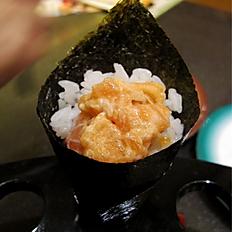 Spicy Salmon Handroll