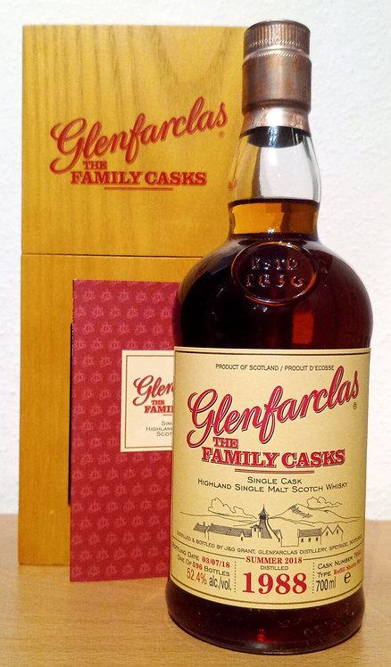 Glenfarclas 1988 The Family Casks 30 Years Refill Sherry Butt 7054