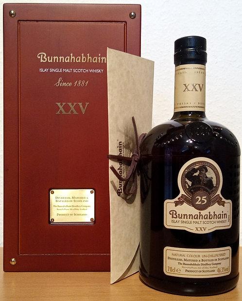Bunnahabhain XXV Distillery Bottling 25 Years old Wooden Box