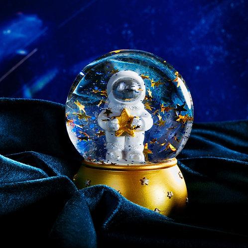 Spaceman Snowglobe