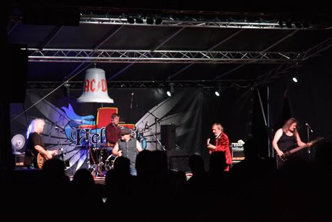 AC-DC-revival-AC-DS-Matej-Lienert.jpg