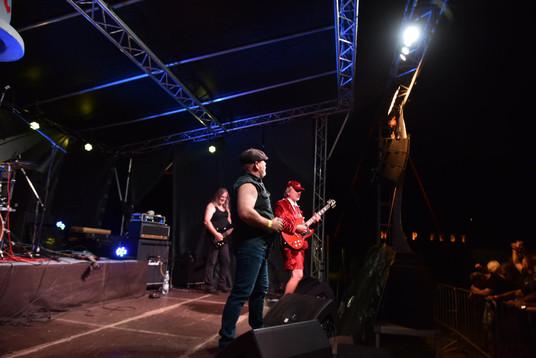 AC-DC-revival-AC-DS-show.jpg