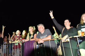AC-DC-revival-AC-DS-crowd.jpg