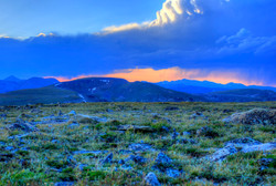 colorado-rocky-mountains-national-park-large-clouds-at-dusk.jpg