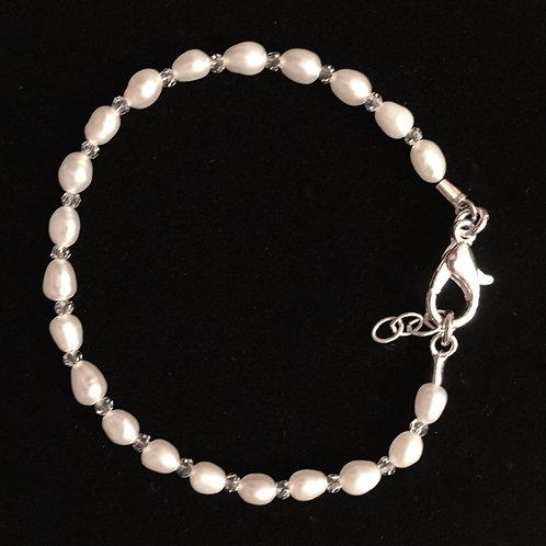 Hand-Strung Freshwater Pearl Bracelet